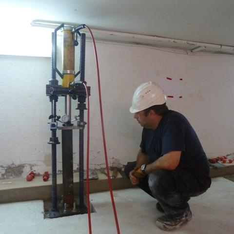 2PE Aparatos CSAP para la reparación de una vivienda St Antoni de Vilamajor